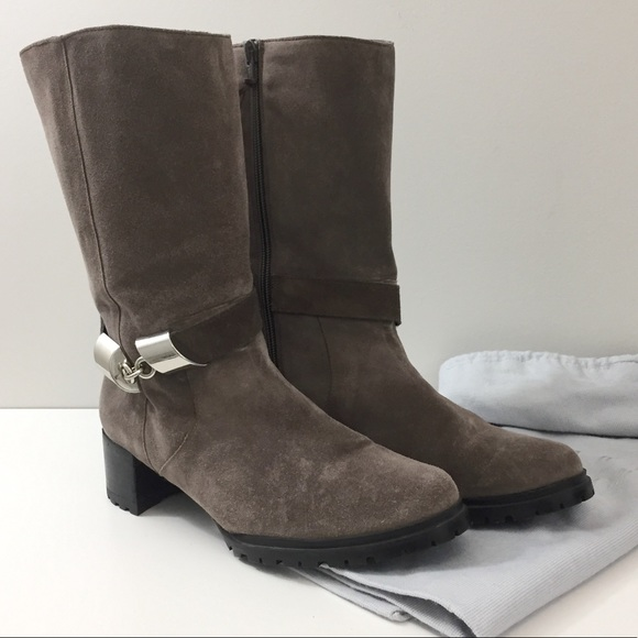 Stuart Weitzman Shoes - *HOST PICK* Stuart Weitzman Grey Suede Boots